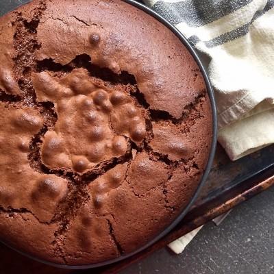 עוגת שוקולד, שקדים ותפוז