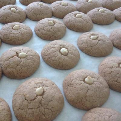 עוגיות חמאה חומים ושוקולד