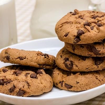 עוגיות חמאת בוטנים וקוקוס טבעוניות