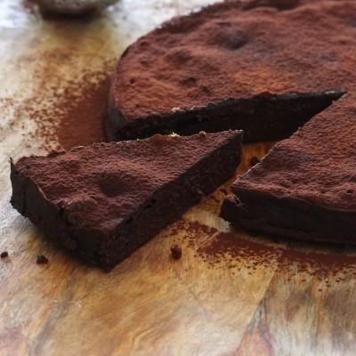 עוגת שוקולד משובחת בסיר אחד