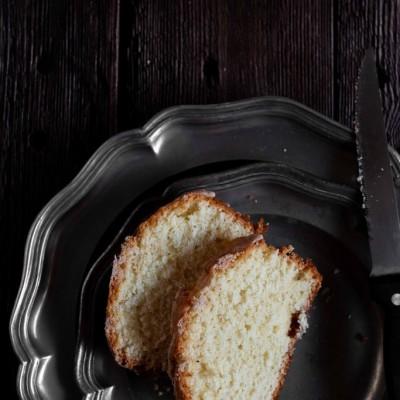 עוגת לימון עם אייסינג הל וקינמון