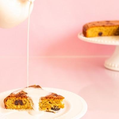 עוגת פיסטוק אמרנה עם קרם שמנת