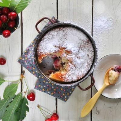 עוגת דובדבנים כפרית רומנית
