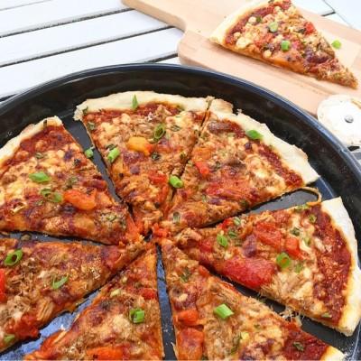פיצה דקה מבצק שמרים ללא התפחה