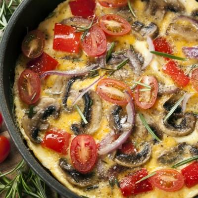 חביתה עם ירקות טריים
