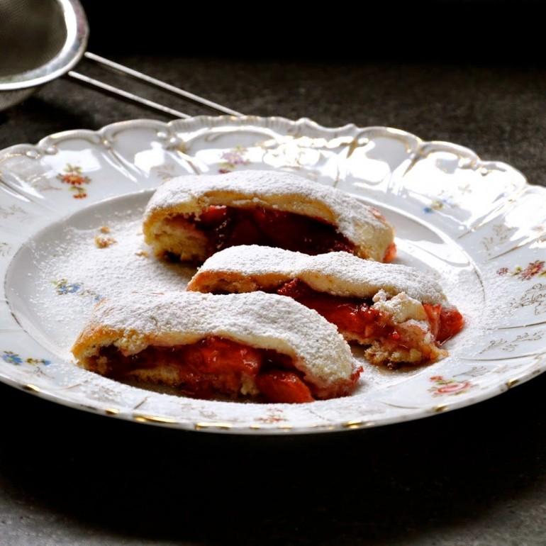 עוגיות התותים המופלאות של לייזה פאנלים